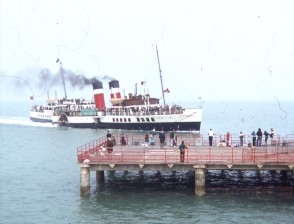 Waverley paddle steamer approaches Deal pier